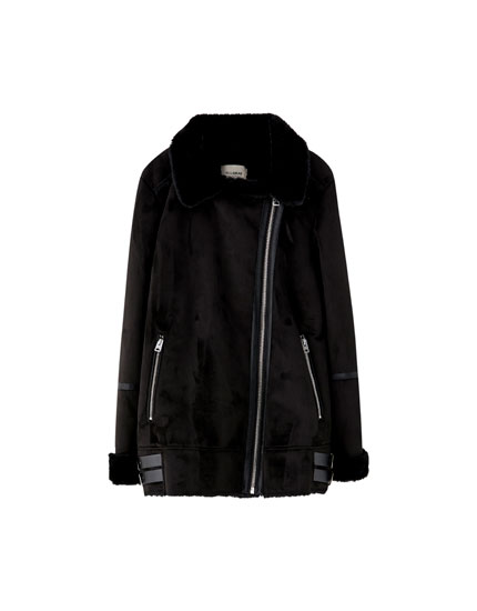 Cazadora biker antelina pull and bear